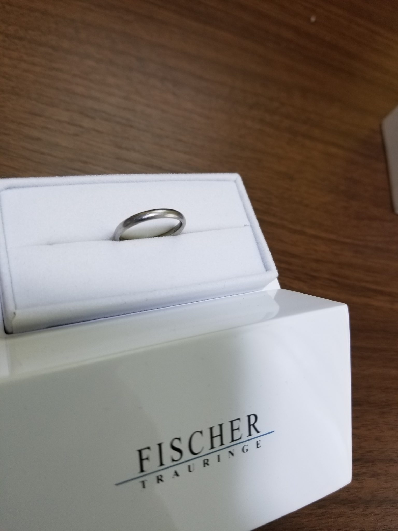 FISCHER(フィッシャー)の結婚指輪2
